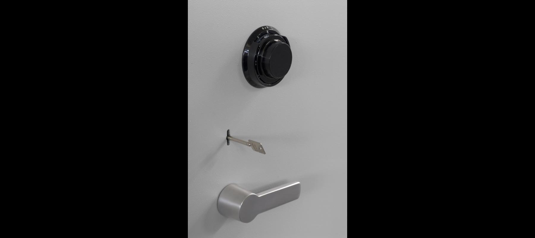 meble metalowe sejfy i szafy pancerne szafy aktowe wzmocnione mw detale - 05