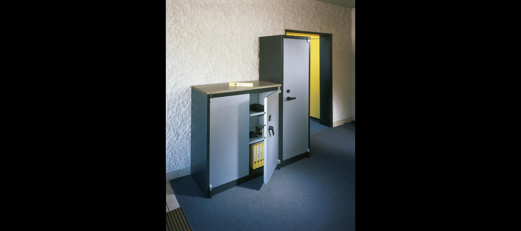 sejfy i szafy pancerne szafy aktowe wzmocnione cp aranżacja - 01
